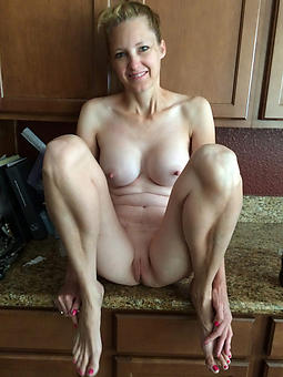 shaved mature cunts amature coition pics