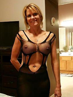 mature XXX women josh