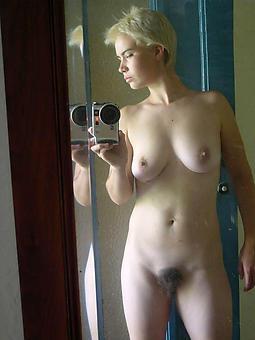 nude mom selfshots free porn pics
