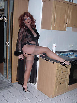 housewives old daughter xxx pics