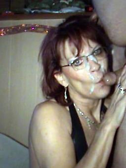 porn pictures of hot mom cumshot