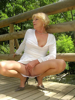 luring nude ladies free porn pics