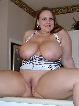 pretty bbw moms photos