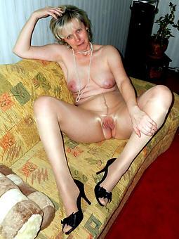 hot moms in pantyhose rag