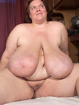 busty mature moms free porn pics