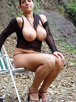 titillating british lady Bohemian porn pics