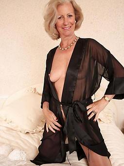 nude classy mature lady seduction