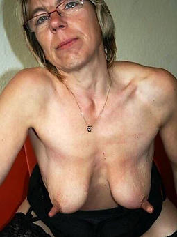 pretty moms big nipples in the altogether pics