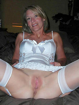 moms in stockings xxx pics
