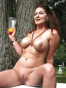 gorgeous starkers grown up upper classes free porn pics