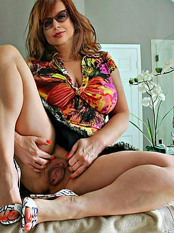 bush-leaguer beautiful denude mature ladies xxx pics