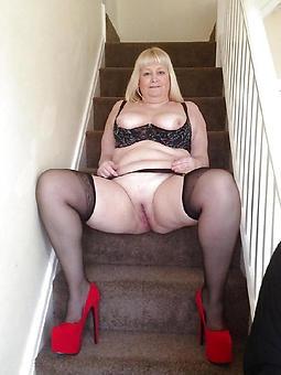 amature naked ladies in uppity heels