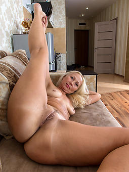 shaved stripped ladies amature porn