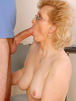 porn pictures for mom unselfish blowjob