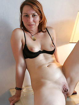 perfect mom solo photos