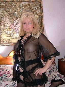 mature woman lingerie xxx pics