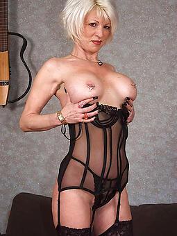 reality mature woman lingerie hot pics
