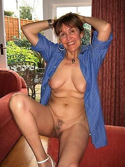 older moms nude stripping
