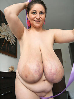 juggs saggy tit matures pictures