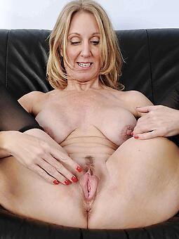 acquisitive XXX venerable ladies pussy pictures