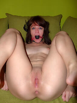 strumpet dishevelled mature pussy photos