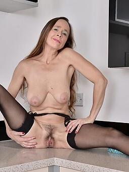 seductive off colour lady legs unorthodox porn pics