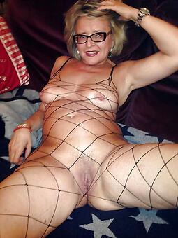 hotties sexy grannies uk photo