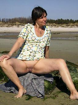 positive unveil moms outdoors pics