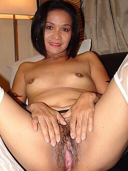 sexy asian mom free naked pics