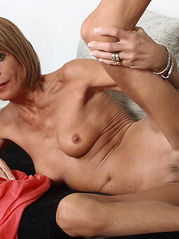skinny mom bare porn tumblr