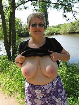 inviting mature body of men breast