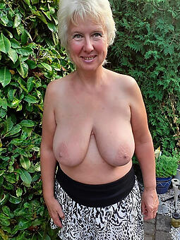 porn pictures of doyen ladies tits