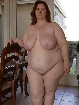 chubby naked ladies Bohemian porn pics