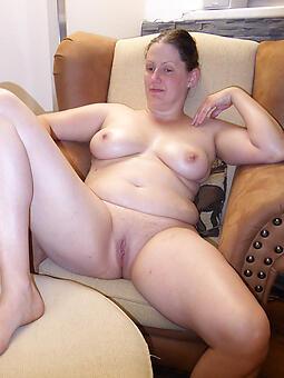juggs shaved mature women pics