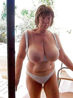 hotties nice titties nipper