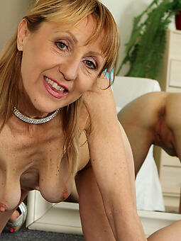 down in the mouth old lady everywhere saggy boobs unorthodox porn pics