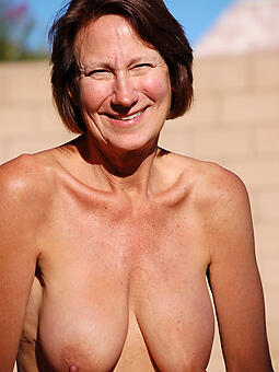 unconcealed saggy tits mommy xxx pics