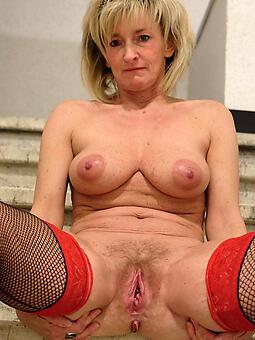 sexy mom pussy free porn pics