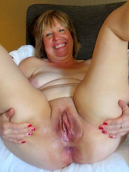 porn pictures of sexy doyenne lady pussy