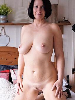 X pretty scant upper classes Bohemian porn pics