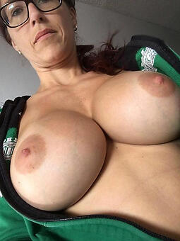 ladys boobs porn pic
