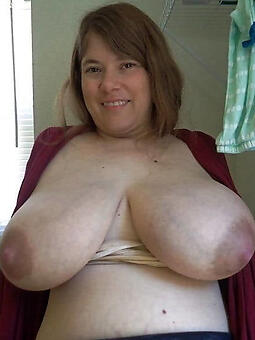 nude pictures of busty daughter