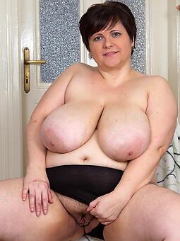 cougar mature fat pussy pics