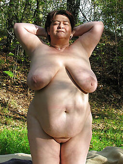 mature broad in the beam pussy stripping