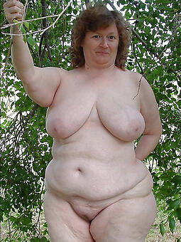 perfect obese lady nude pics
