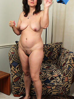 dropped shorn full-grown housewives free photo
