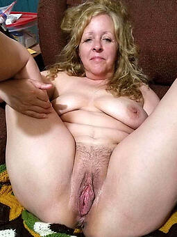 moms pussy low-spirited porn pics