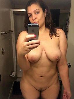 naked selfshot moms stripping