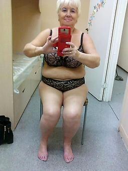wild mature selfshot naked