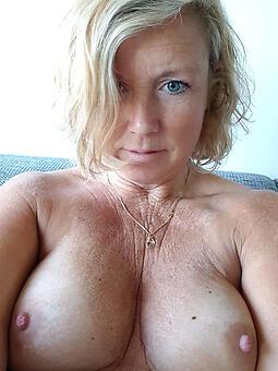 selfshot materfamilias porno